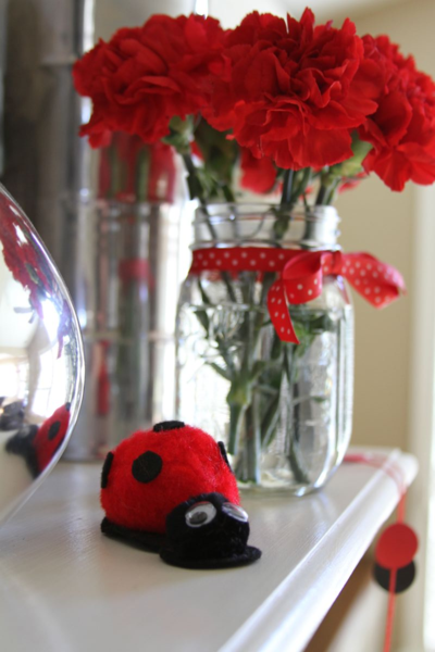 Photo: Homemade Pom-Pom Ladybugs (great craft for toddlers and kids!)